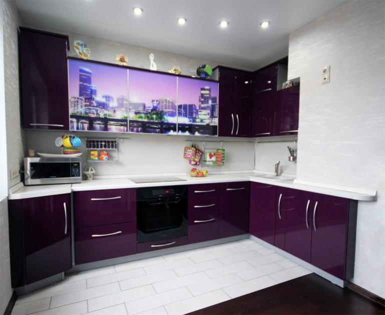угловые кухни фиолетового цвета фото нужно